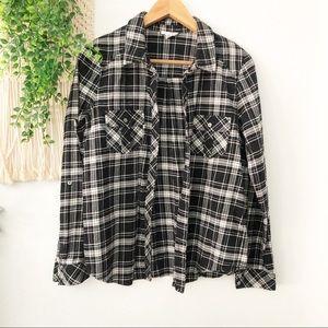 SOFT JOIE Black Plaid Long Sleeve Button Flannel